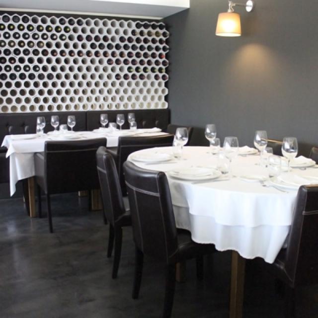 Sala da pranzo in microcemento
