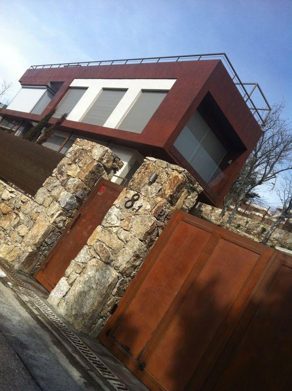 corten casa in microcemento oxido