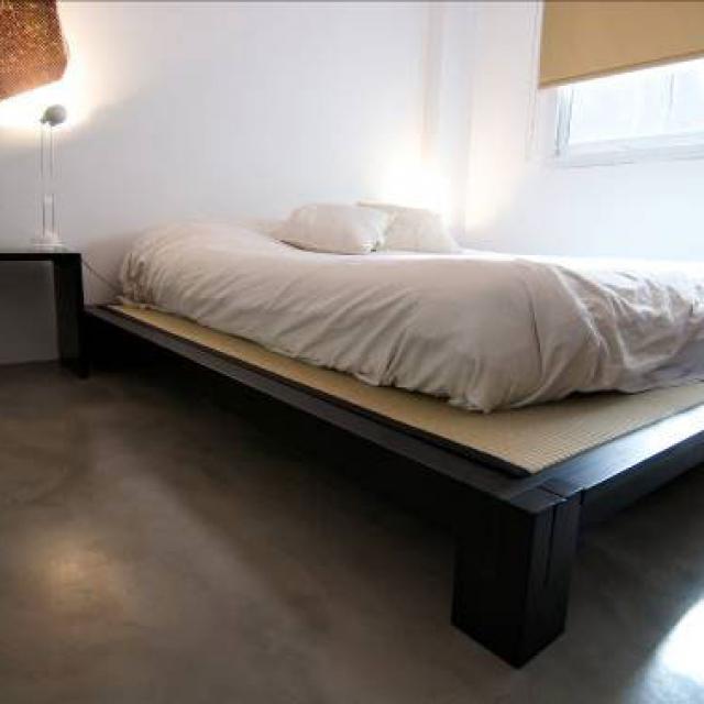 Pavimento in microcemento per camera da letto